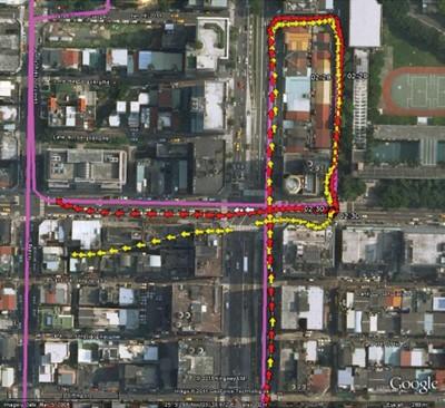 Только GPS (желтый) в сравнении с мульти-GNSS (GPS+QZSS (1 спутник, красный)), истинное значение - лиловый, Тайбэй